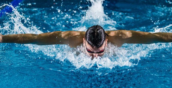 Swim the Distance volunteers